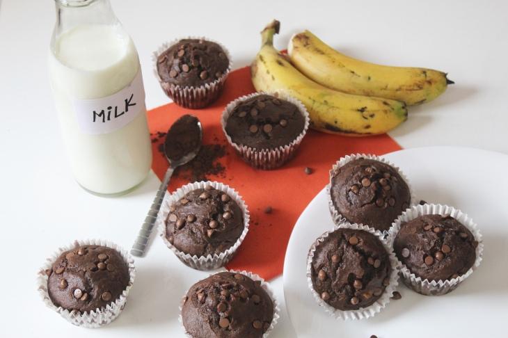 banana muffins 1.jpg